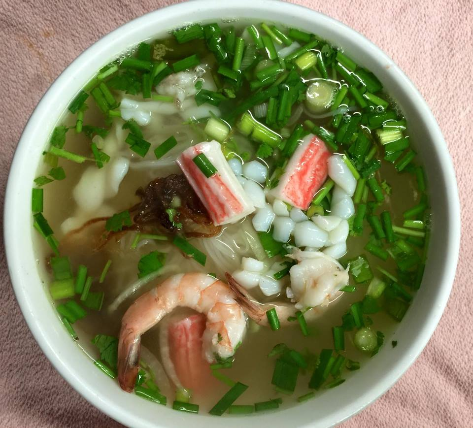 Pho less than a mile away!   Image from Vien Dong  .