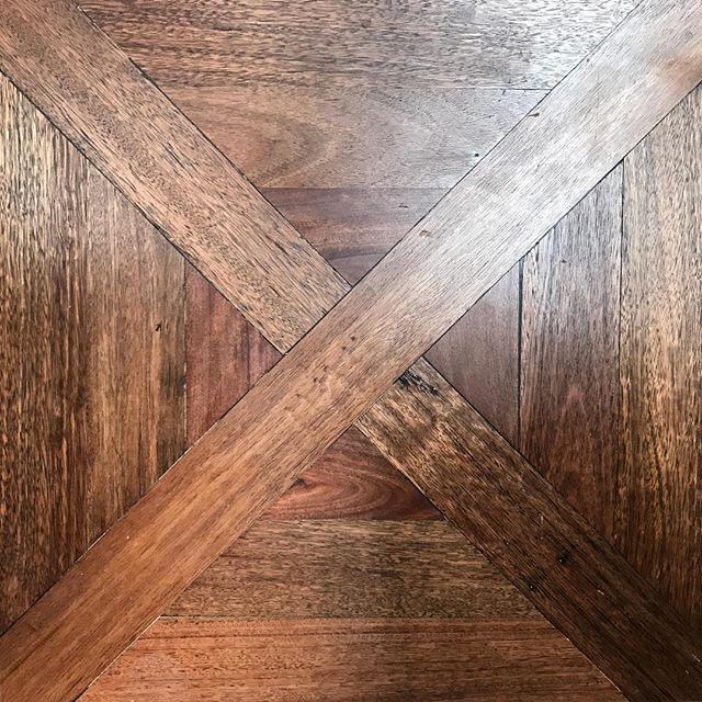 #viennesecross in #recycledhardwood #blackbutt by @antiquefloors . Extraordinary #custom #parquetry www.antiquefloors.com.au #interiordesign #interiordecor #architecture #sydney #sydneydesign #sydneystyle #sydneyinteriors #sydneybuilder #sydneyarchitect #melbourne #melbournestyle #melbournedesign #melbournebuilder #melbourneinteriors #melbournearchitecture #mosman #doublebay #bondibeach #bowral #bowralinteriors #balmain #rozelle #leichhardt #antiquefloors