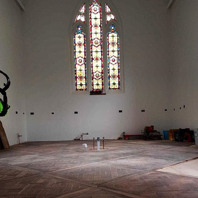 A beautiful #recycledhardwood #marieantoinette  #parquetry floor by @antiquefloors at #leichhardt. Just installed in this converted #balmain chapel and will look wonderful after the final sand and oil. www.antiquefloors.com.au #interiordesign #interiordecor #architecture #sydney #sydneystyle #sydneydesign #sydneyinteriors #sydneybuilder #sydneyarchitect #melbourne #melbournestyle #melbournedesign #melbourneinteriors #melbournebuilder #melbournearchitect #mosman #doublebay #bondibeach #bowral #rozelle #antiquefloors