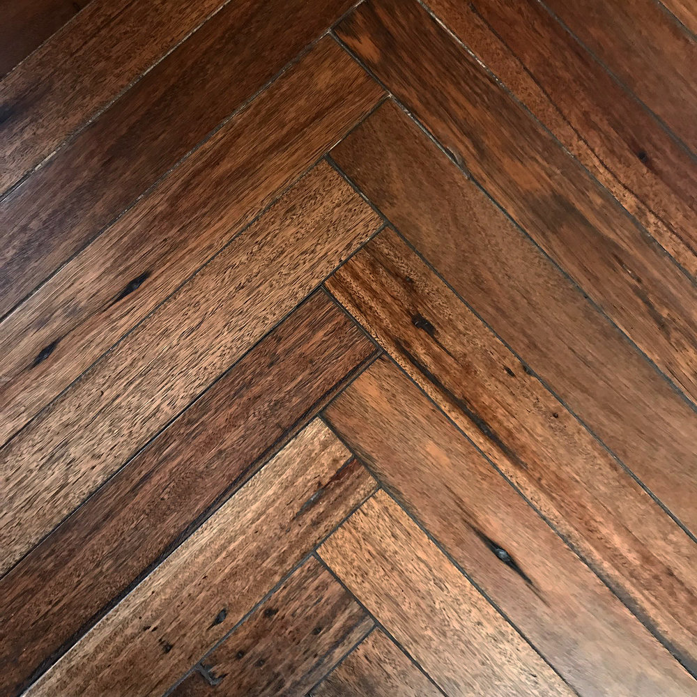 Herringbone_Fixed_Recycled Hardwood.jpg