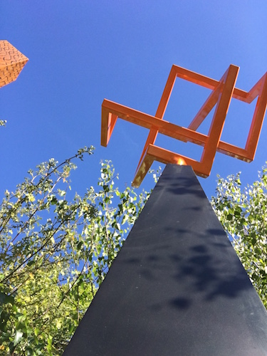 Mclaren-Bespoke sculptures