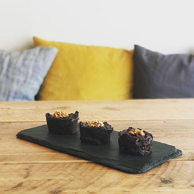 Raw vegan walnut brownie