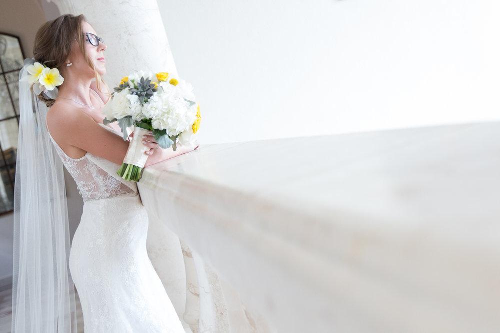 destination-wedding-venue-villa-la-joya-11.jpg
