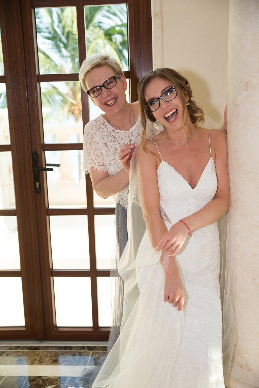 destination-wedding-venue-villa-la-joya-13.jpg