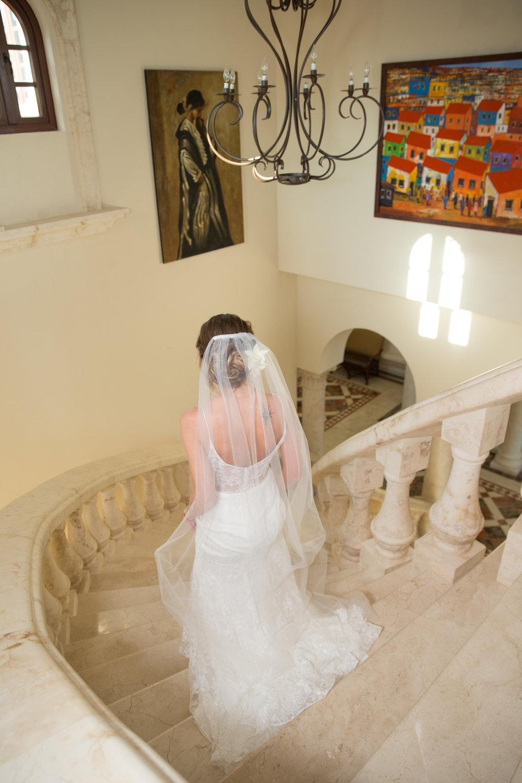 destination-wedding-venue-villa-la-joya-14.jpg
