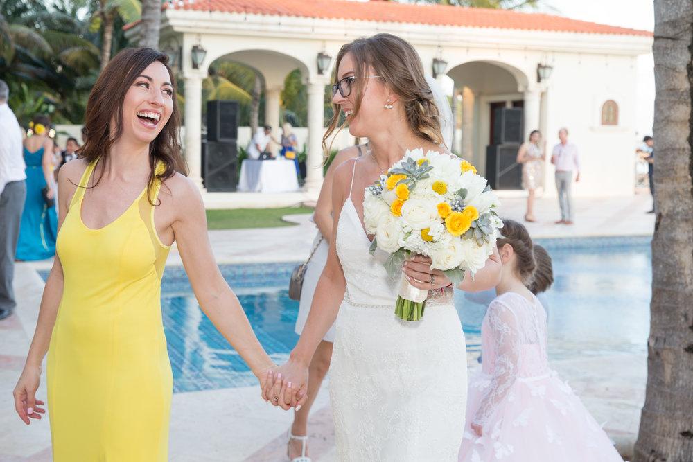 destination-wedding-venue-villa-la-joya-40.jpg