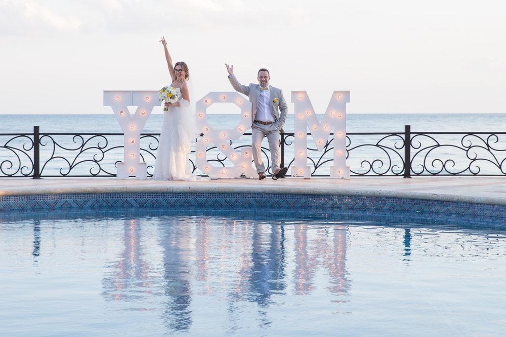 destination-wedding-venue-villa-la-joya-41.jpg