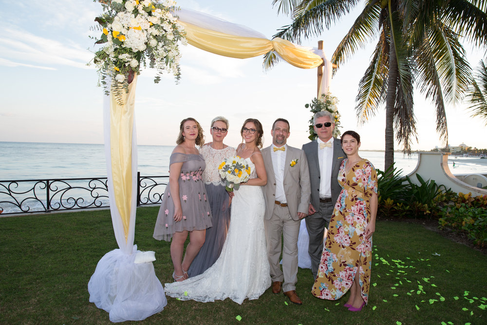destination-wedding-venue-villa-la-joya-44.jpg
