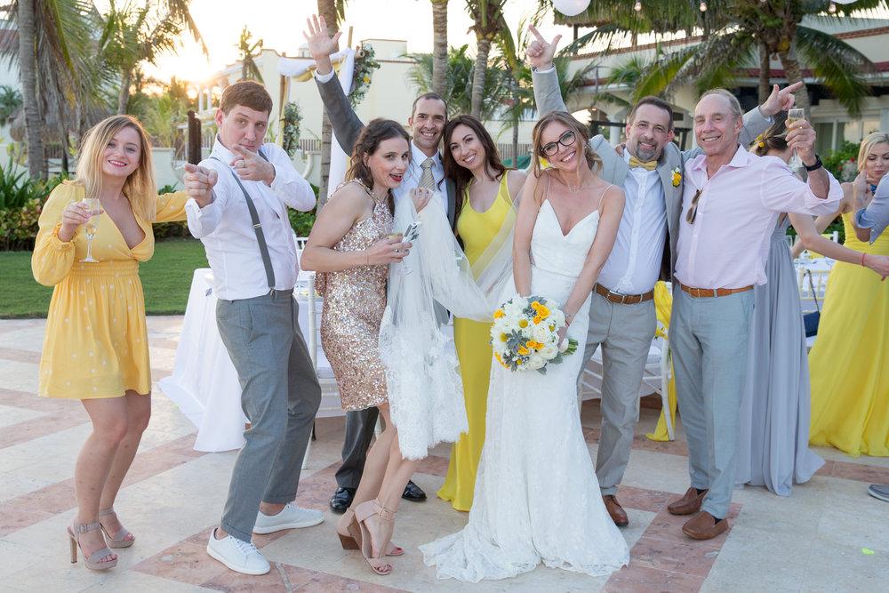 destination-wedding-venue-villa-la-joya-45.jpg