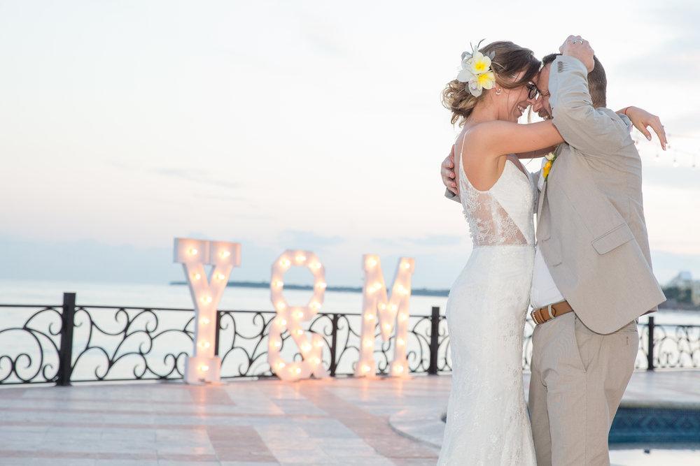 destination-wedding-venue-villa-la-joya-51.jpg