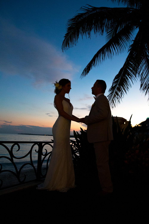 destination-wedding-venue-villa-la-joya-54.jpg