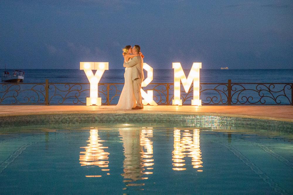destination-wedding-venue-villa-la-joya-56.jpg