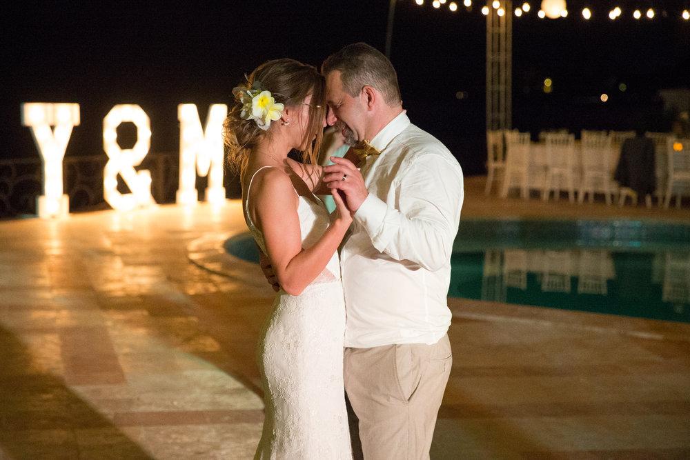 destination-wedding-venue-villa-la-joya-59.jpg
