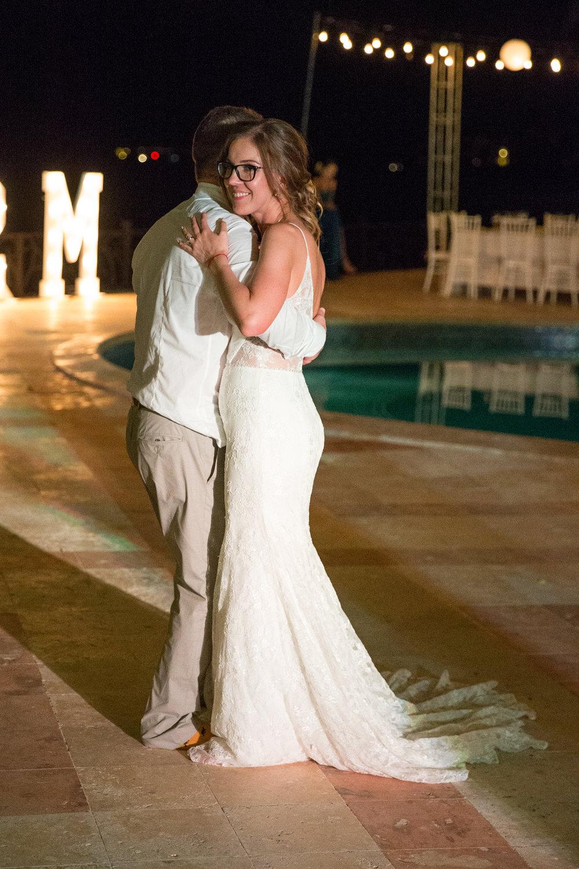 destination-wedding-venue-villa-la-joya-60.jpg