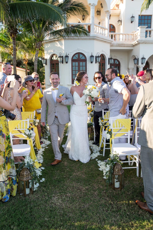destination-wedding-venue-villa-la-joya-31.jpg