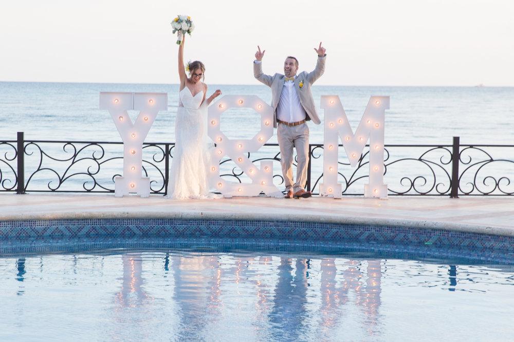 destination-wedding-venue-villa-la-joya-42.jpg