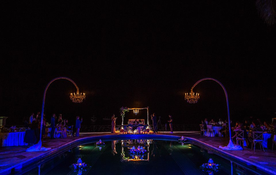 cancun-destination-wedding-private-estate-04.jpg