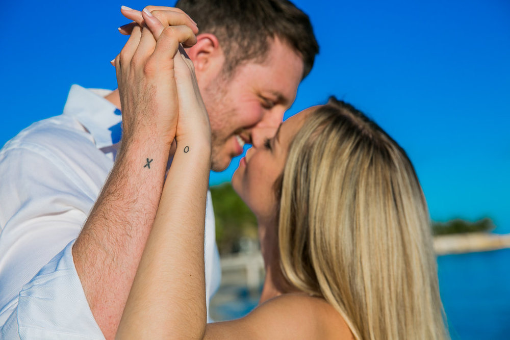 Cancun-engagement-session-villa-la-yoya-05.jpg