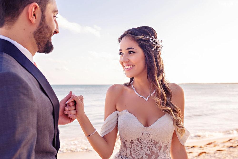 destination-wedding-mexico-cancun-alina-mark-22.jpg