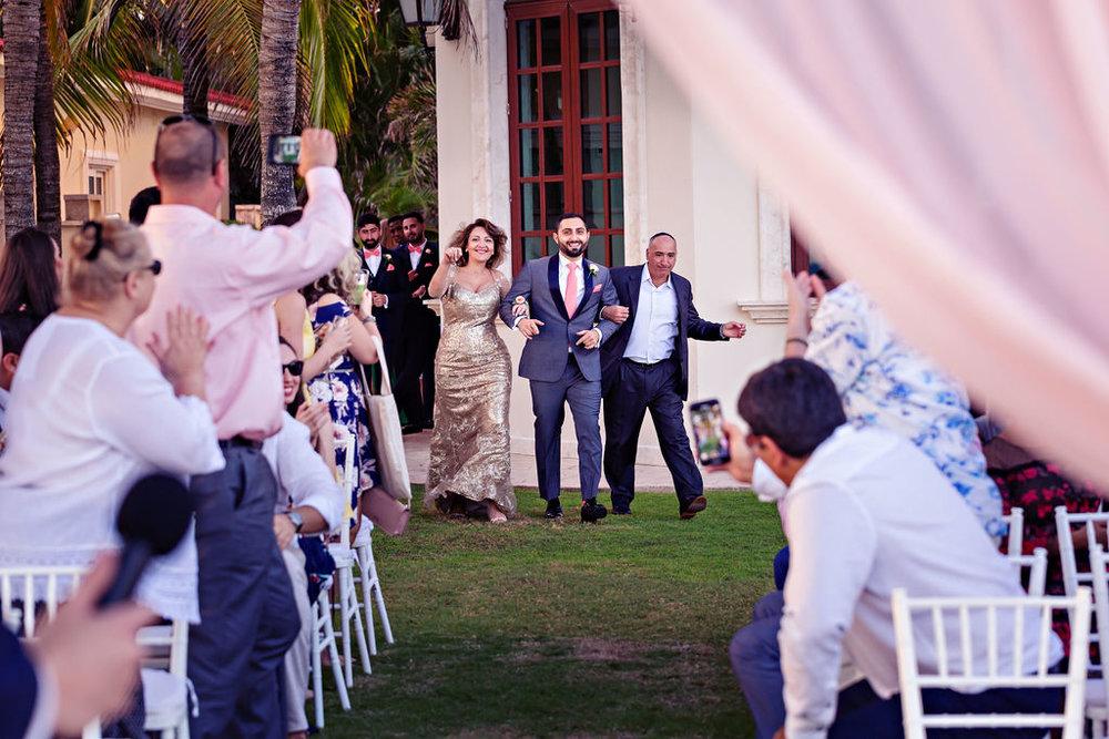 destination-wedding-mexico-cancun-alina-mark-25.jpg