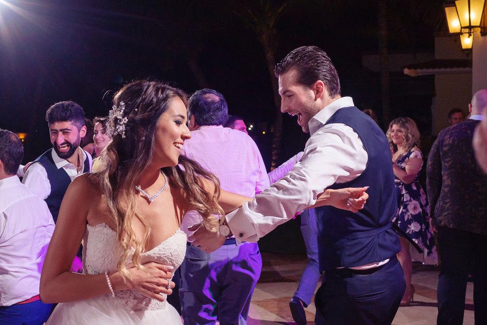 destination-wedding-mexico-cancun-alina-mark-56.jpg