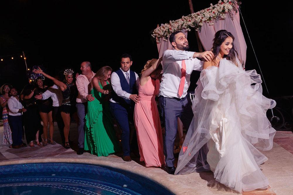 destination-wedding-mexico-cancun-alina-mark-65.jpg