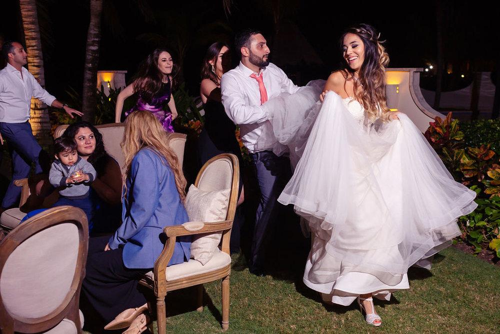 destination-wedding-mexico-cancun-alina-mark-66.jpg