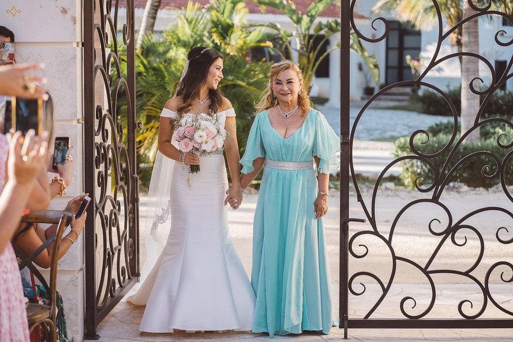 mexico-destination-wedding-villa-la-joya-cancun-private-villa-086.jpg