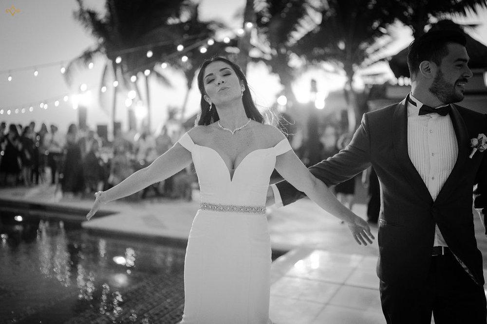 mexico-destination-wedding-villa-la-joya-cancun-private-villa-156.jpg