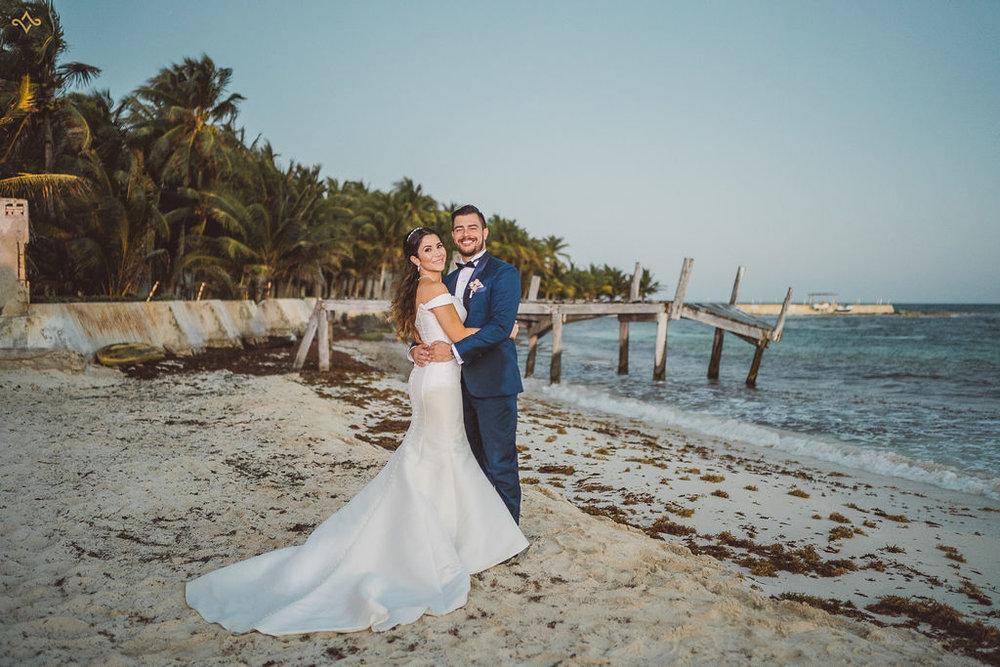 mexico-destination-wedding-villa-la-joya-cancun-private-villa-158.jpg