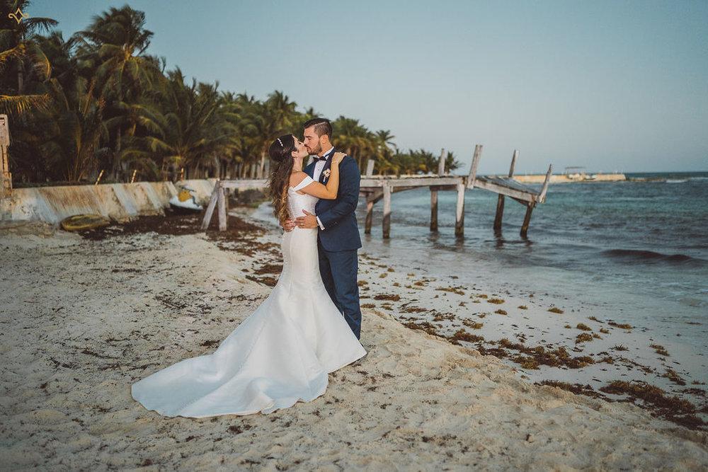 mexico-destination-wedding-villa-la-joya-cancun-private-villa-160.jpg