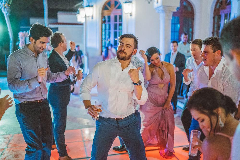 mexico-destination-wedding-villa-la-joya-cancun-private-villa-184.jpg
