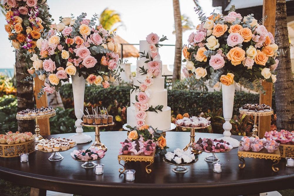 mexico-destination-wedding-villa-la-joya-cancun-private-villa-205.jpg