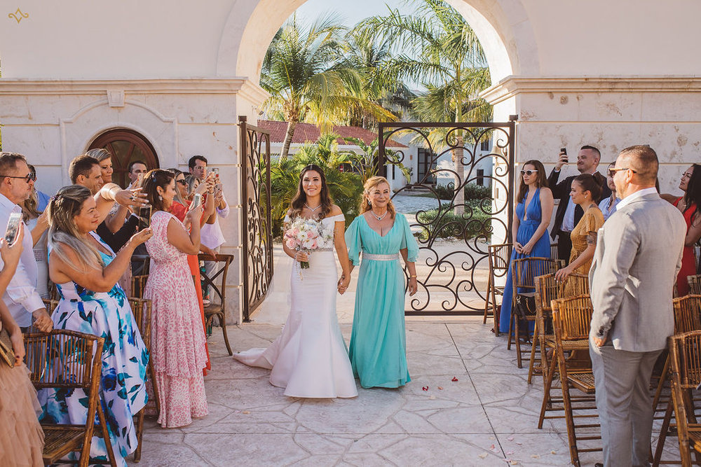 mexico-destination-wedding-villa-la-joya-cancun-private-villa-225.jpg