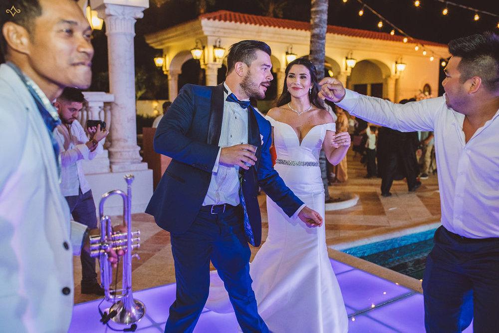 mexico-destination-wedding-villa-la-joya-cancun-private-villa-247.jpg
