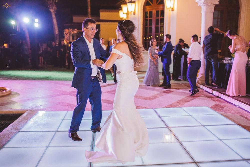 mexico-destination-wedding-villa-la-joya-cancun-private-villa-256.jpg