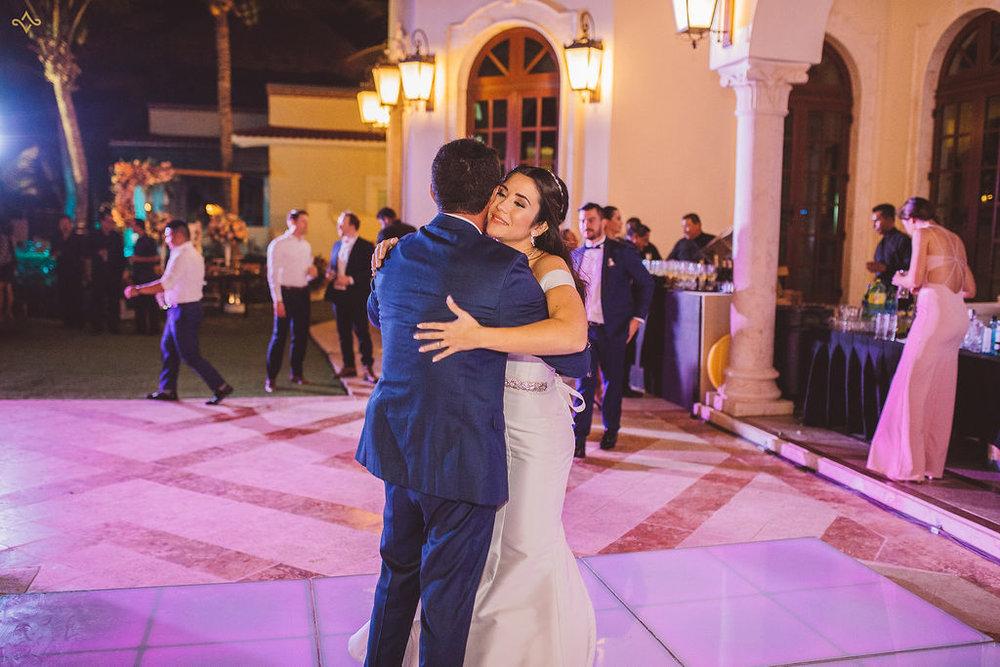 mexico-destination-wedding-villa-la-joya-cancun-private-villa-257.jpg
