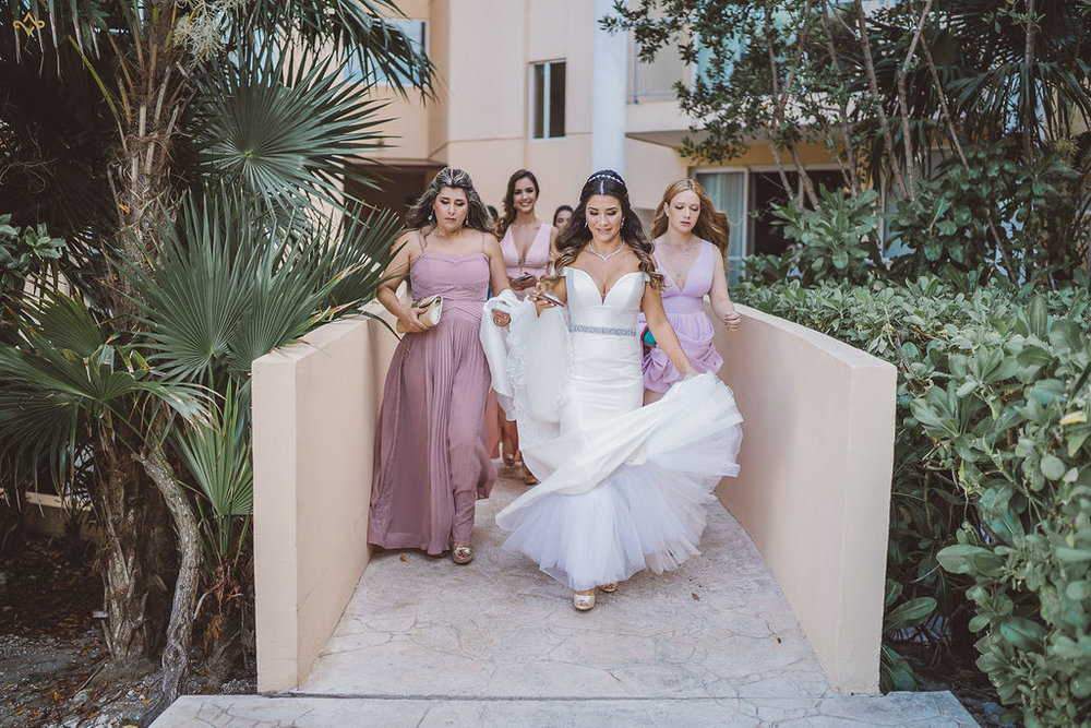 mexico-destination-wedding-villa-la-joya-cancun-private-villa-069 copy.jpg