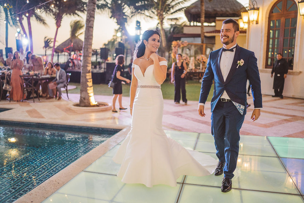 mexico-destination-wedding-villa-la-joya-cancun-private-villa-155 copy.jpg