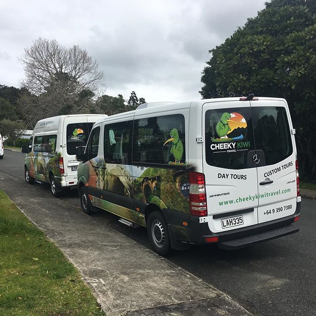 Lowest Crew tour prices guaranteed and in the best transport. Our parent companies flash new buses have arrived. These are the new buses that are used for Crew tours with everything you want onboard. USB charging points, WiFi, snacks, Water, DVD screen etc. Join us on a tour soon at the cheapest crew prices. Www.crewadventures.com  #crewadentures #crewadventuresnz #singaporecrew #singapore_cabin_crew #qatar_airwayscrew #qatarcrew #qatarcrewlife #crewlife #cabincrew #cabincrewlife #emiratescrew #ekcrew #eklayovertips #layover #layoverlifestyle #layoverlife