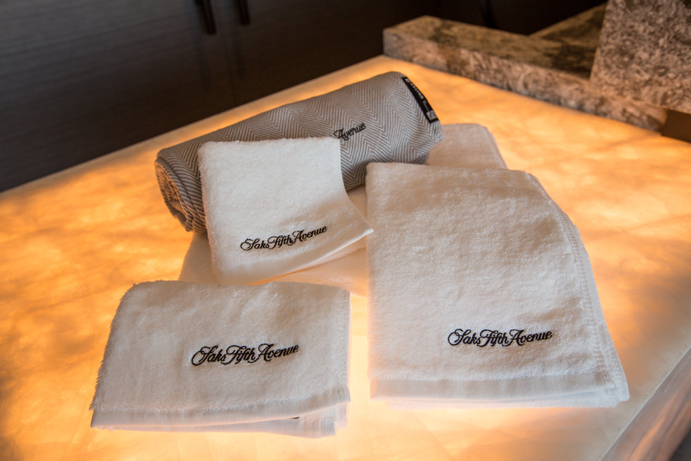 saks fifth avenue towels