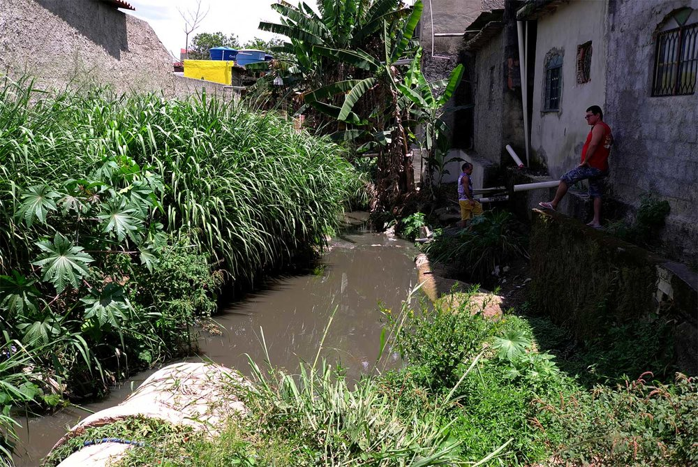 As the rivers pass through the city's built up areas, including many that are not connected to a sewage network, they become contaminated and run as open sewers.