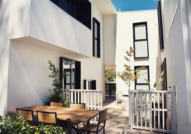 This is Gen Y: the future of sustainable living. The apartments are nestled on the corner of Hope St in White Gum Valley, and are a demonstration of sustainable, cost-effective 21st century living for a more eco-conscious generation. Pretty cool stuff.