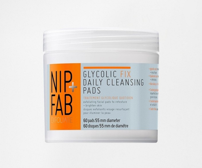 nip & fab glycolic daily cleansing pads