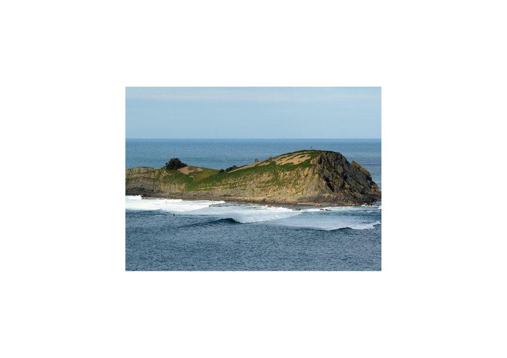2018 Pukas Surf MUNDAKA surfing the basque country14.jpg