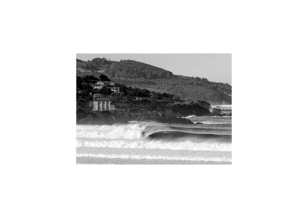 2018 Pukas Surf MUNDAKA surfing the basque country18.jpg