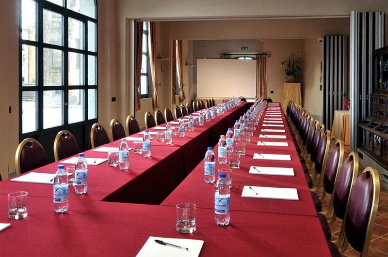conference-in-villa.jpg