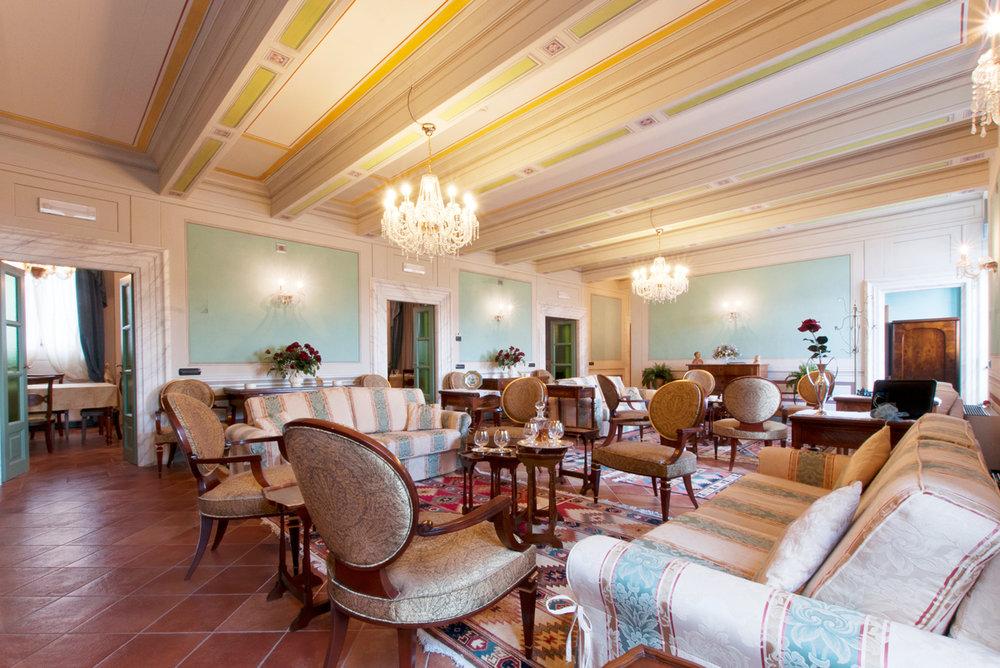 41-living-room.jpg