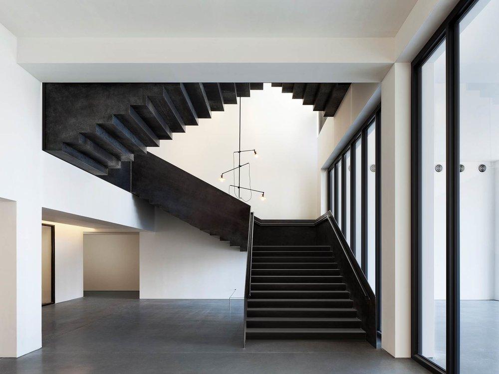 Spring Stairs 4.jpg