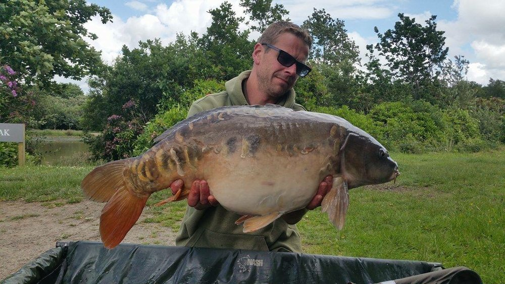 Wayne Grinney with a typical Beatties mirror